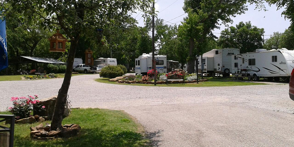Island Park Riverside Campground